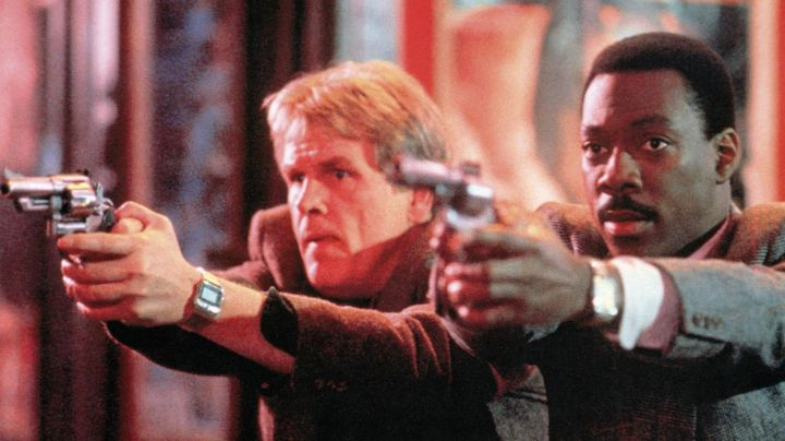 Watch Casio vintage inspector Jack Cates (Nick Nolte) in 48 hours - Movie Outfits and Products