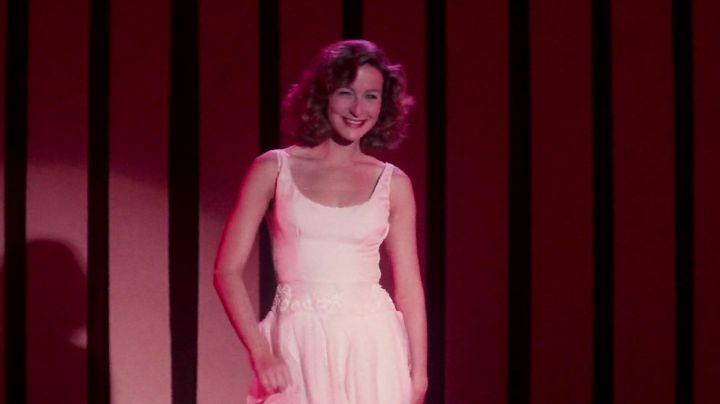 Fashion Trends 2021: White dress for Baby / Frédérique Houseman (Jennifer Grey) in Dirty Dancing