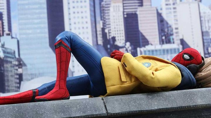 Fashion Trends 2021: Yellow jacket worn by Peter Parker / Spider-Man (Tom Holland) as seen in Spider-Man: Homecoming
