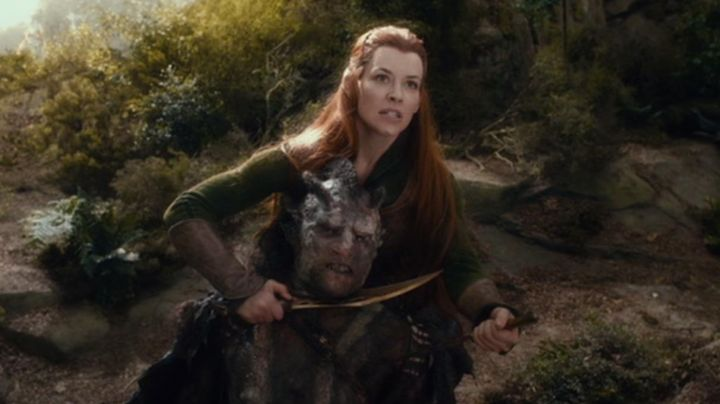 Daggers of Tauriel (Evangeline Lilly) in The Hobbit: The Desolation of Smaug Movie