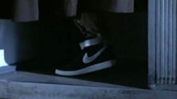 Fashion Trends 2021: nike shoes of Kyle Reese in terminator