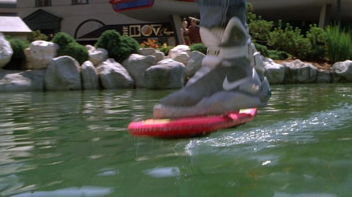 s of the Nike Air Mag of Marty McFly (Michael J. Fox) in Back to the future 2 movie