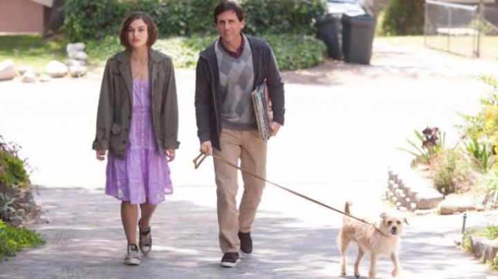 sneakers, brown leather Steve Carell in Until the end of the world separates us - Movie Outfits and Products