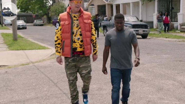 sneakers rising of Will Ferrell in jail manual - Movie Outfits and Products