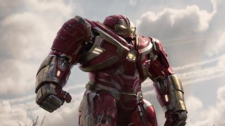 the HulkBuster (Robert Downey Junior) in Avengers : Infinity War - Movie Outfits and Products