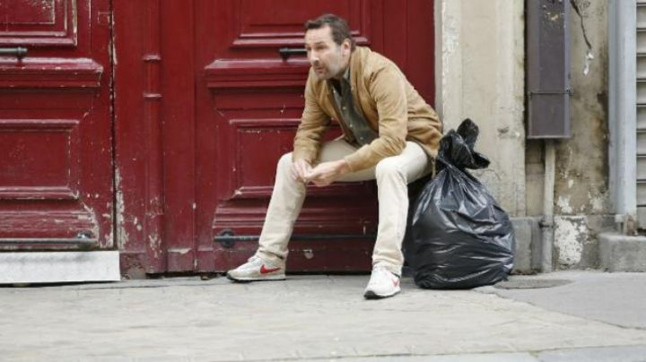 Fashion Trends 2021: the Nike Gilles Lellouche in Under the same roof