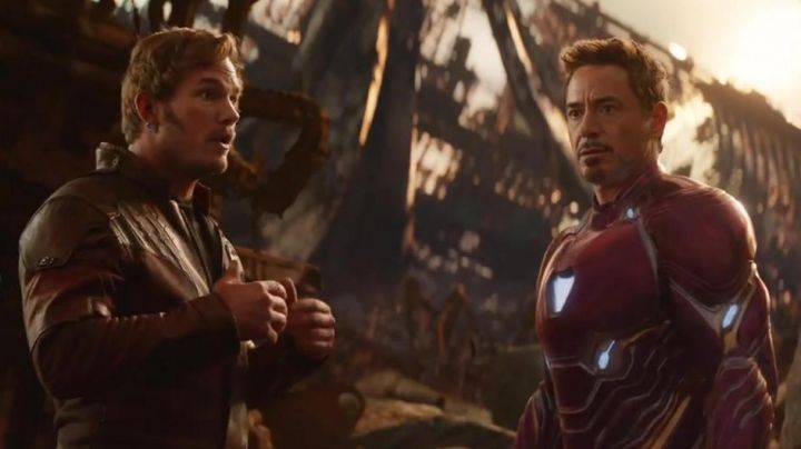 the armor of Iron Man/ Tony Stark (Robert Downey Junior) in Avengers : Infinity War - Movie Outfits and Products