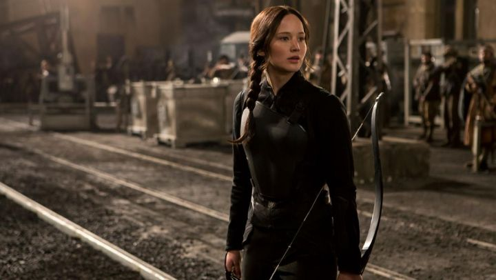 the armor worn by Katniss Everdeen (Jennifer Lawrence) in Hunger Games : The Revolt