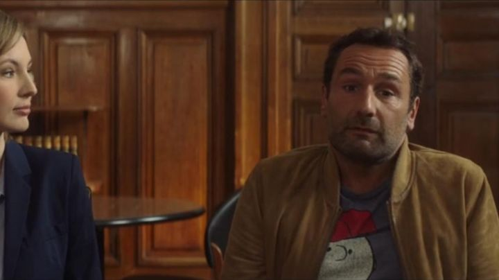 Fashion Trends 2021: the bomber jacket by Yvan (Gilles Lellouche) in Under the same roof