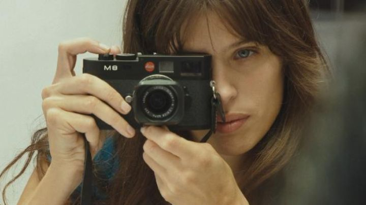 the camera of Maïwenn in Polisse - Movie Outfits and Products