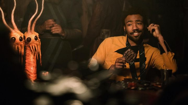 the costume of Lando Calrissian (Donald Glover) in Solo : A Star Wars Story Movie