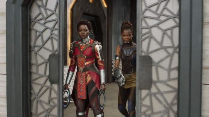 the costume of Shuri (Letitia Wright) in Black Panther Movie