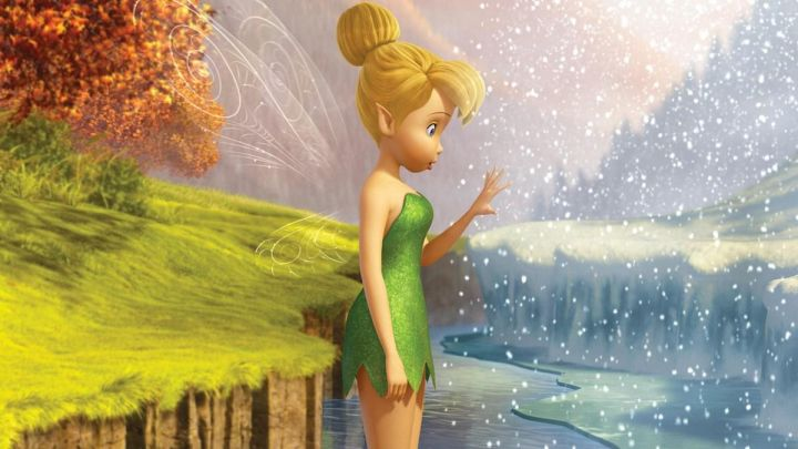 the costume of Tinker Bell in tinker Bell and the secret of the fairies - Movie Outfits and Products