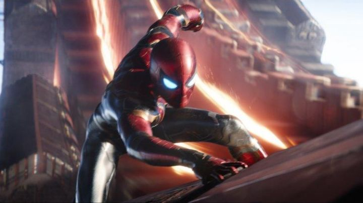 the costume red and gold Spider-Man / Peter Parker (Tom Holland) in Avengers : Infinity War - Movie Outfits and Products