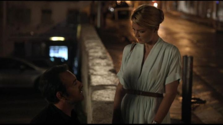 Fashion Trends 2021: the dress sky blue Diane (Virginie Efira) in A man at the height