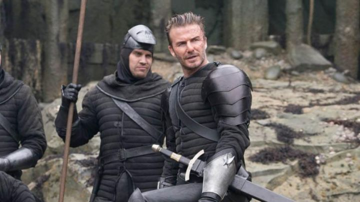 the epaulette leather armor of David Beckham in The King Arthur: The Legend of Excalibur - Movie Outfits and Products