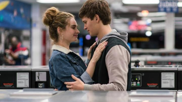 the jean jacket fur collar of Debora (Lily James) in Baby Driver - Movie Outfits and Products