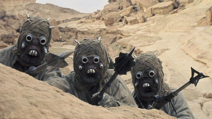 the mask Tusken Raider in Star Wars IV : A new hope - Movie Outfits and Products