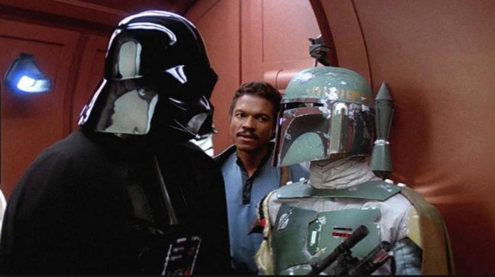 the mask of Darth Vader in Star Wars V : The Empire strikes back - Movie Outfits and Products