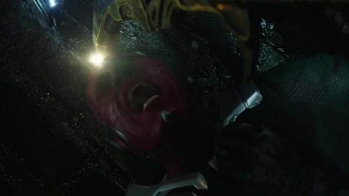 the mask of Vision (Paul Bettany) in Avengers: Infinity War - Movie Outfits and Products