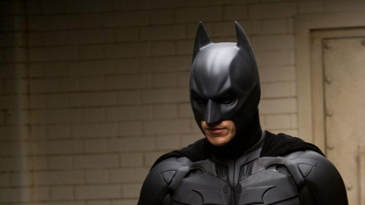 the mask of the Batman worn by Bruce Wayne (Christian Bale) in The Dark Knight : The black Knight - Movie Outfits and Products