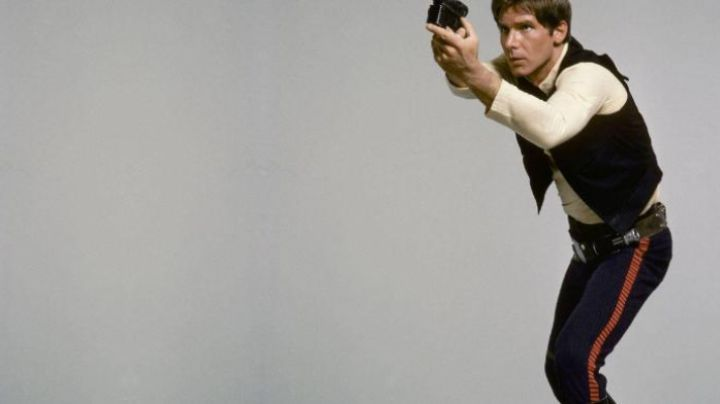 the pants navy blue to Han Solo in Star Wars - Movie Outfits and Products