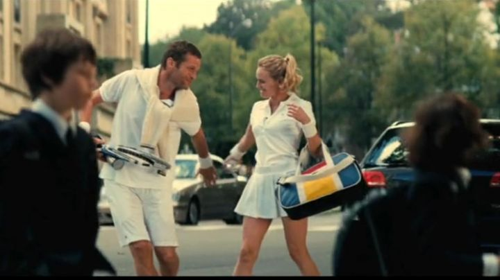 the polo white from Isabelle (Diane Kruger) in A perfect plan - Movie Outfits and Products