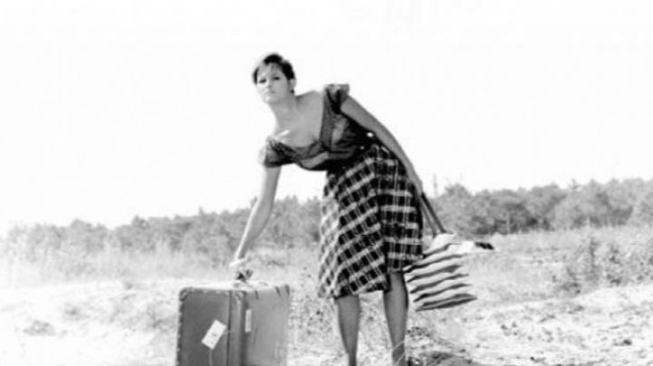 the suitcase Claudia Cardinale in girl with a suitcase - Movie Outfits and Products