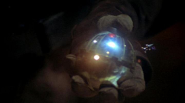 Fashion Trends 2021: the thermal detonator seen in Star Wars III : revenge of The Sith