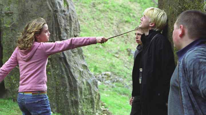 the wand Hermione Granger (Emma Watson) in Harry Potter and the prisoner of Azkaban movie