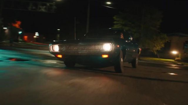 1969 For Mustang Shelby GT driven by Doris Dearie (Abigail Spencer) in Reprisal (S01) - TV Show Outfits and Products