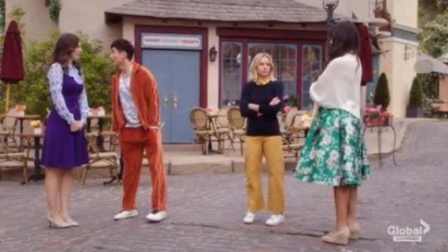 Adidas Originals White Stan Smith Sneaker outfit worn by Eleanor Shellstrop (Kristen Bell) in The Good Place Season 4 Episode 8 - TV Show Outfits and Products