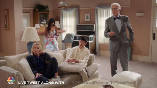 Adidas originals white stan smith sneaker outfit worn by Eleanor Shellstrop (Kristen Bell) in The Good Place Season 4 Episode 2 - TV Show Outfits and Products