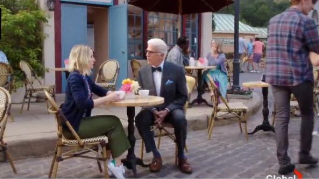 Adidas originals white stan smith sneaker outfit worn by Eleanor Shellstrop (Kristen Bell) in The Good Place Season 4 Episode 3 - TV Show Outfits and Products