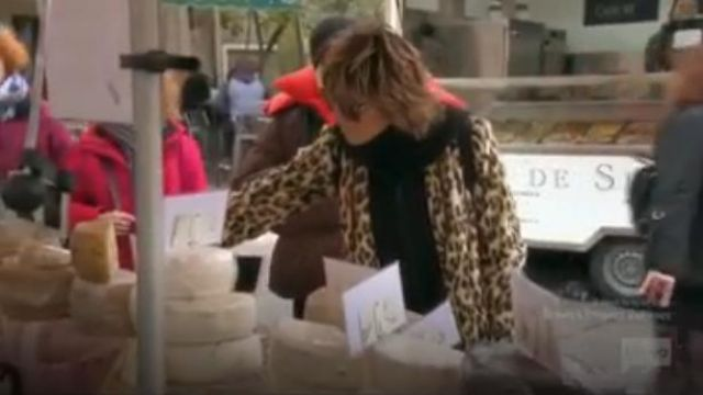 Alice + Olivia Kylie Coat outfit worn by Herself (Lisa Rinna) in The Real Housewives of Beverly Hills (Season09 Episode18) - TV Show Outfits and Products