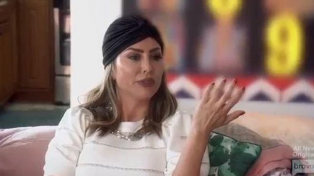 Alice + olivia White Striped Puff Sleeve Sweater outfit worn by Kelly Dodd in The Real Housewives of Orange County Season 14 Episode 15 - TV Show Outfits and Products