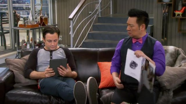 Alternative Apparel Basic Eco Jersey Raglan Henley Shirt outfit worn by Josh Kaminski (Jonathan Sadowski) in Young & Hungry (S01E03) - TV Show Outfits and Products