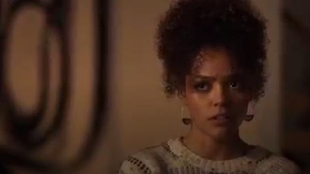Anthropologie Large Stone Crescent Hoop Earrings outfit worn by Tabitha Foster (Quintessa Swindell) in Trinkets (S01E08) - TV Show Outfits and Products