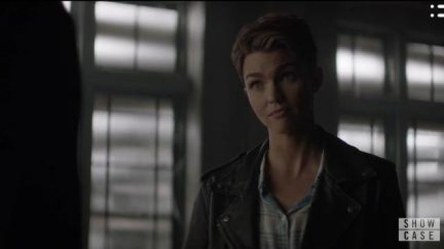 Aritzia Leather Black Jacket outfit worn by Kate Kane (Ruby Rose) in Batwoman Season01 Episode07 - TV Show Outfits and Products