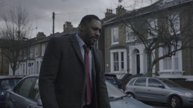Aubin & Wills wool overcoat outfit worn by DCI John Luther (Idris Elba) in Luther (S05E04) - TV Show Outfits and Products