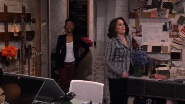 Barneys New York Frayed-Edge Tweed Jacket outfit worn by Karen Walker (Megan Mullally) in Will & Grace (S02E17) - TV Show Outfits and Products