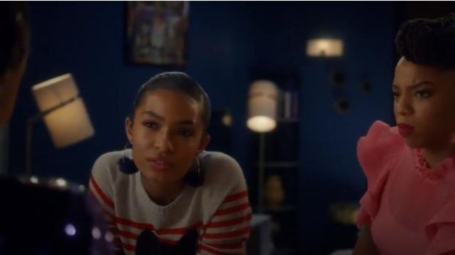 Bauble Bar Hoop with Flower Earrings outfit worn by Zoey Johnson (Yara Shahidi) in grown-ish (Season 02 Episode 13) - TV Show Outfits and Products