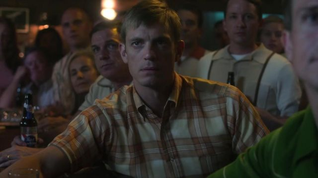 Beige checked shirt outfit worn by Edward Baldwin (Joel Kinnaman) as seen in For All Mankind (Season 01) - TV Show Outfits and Products