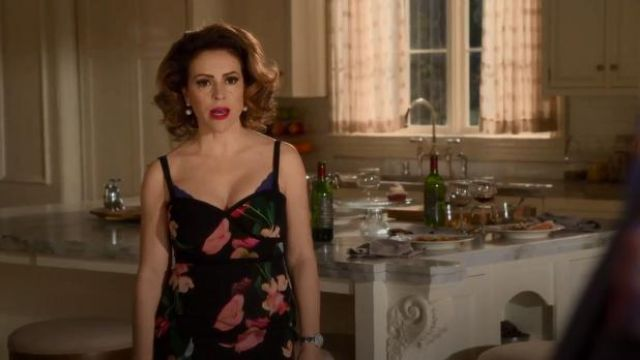 Black Halo black and red rose print sheath dress outfit worn by Coralee Armstrong (Alyssa Milano) in Insatiable Season 02 Episode 01 - TV Show Outfits and Products