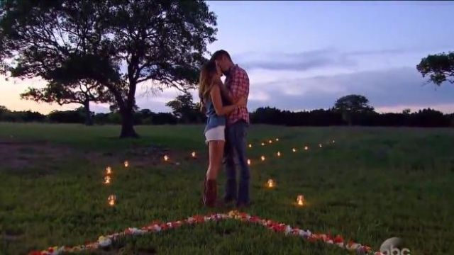 Blank NYC white cut-off denim shorts with a frayed hem outfit worn by JoJo Fletcher in The Bachelorette (S12E08) - TV Show Outfits and Products