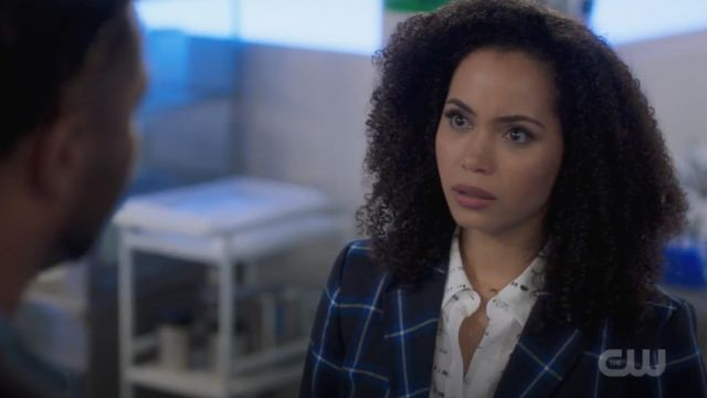 Blazer plaid Nordstrom Signature carried by Macy Vaughn (Madeleine Mantock) seen in Charmed Season 1 Episode 5 - TV Show Outfits and Products