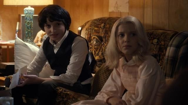 Fashion Trends 2021: Blonde wig of Eleven (Millie Bobby Brown) seen in Stranger Things Season 1 Episode 5