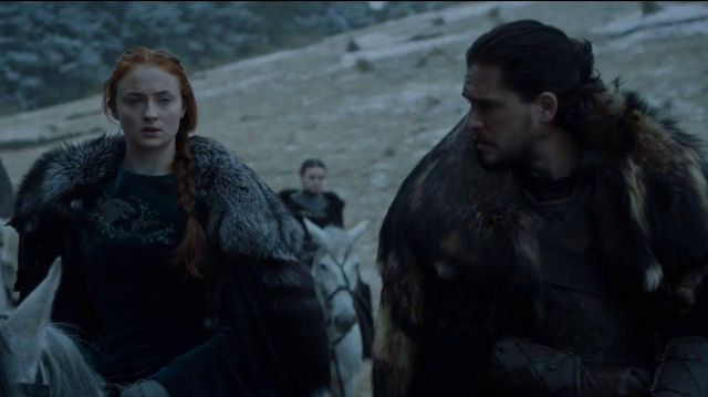 Fashion Trends 2021: Blue dress with fur of Sansa Stark (Sophie Turner) seen in Game of Thrones Season 6