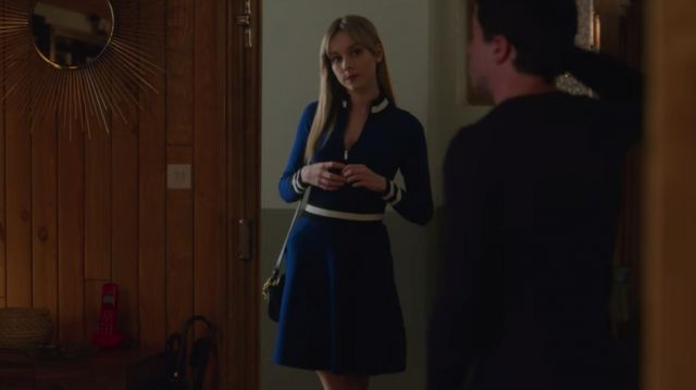 Blue zip up a line dress with white piping outfit worn by Carla (Ester Expósito) in Elite (S02E04)