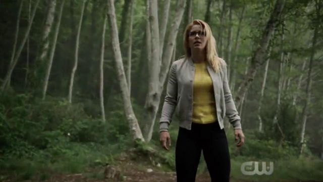 Bomber gray Wilfred outfit worn by Felicity Smoak (Emily Bett Rickards) seen in Arrow Season 7 Episode 1 - TV Show Outfits and Products